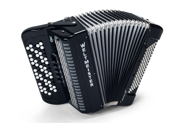 Weltmeister Romance 703 chromatic accordion