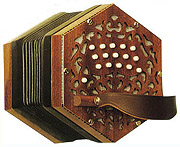 Stagi W-15 Deluxe anglo concertina