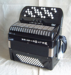 Weltmeister chromatic accordion